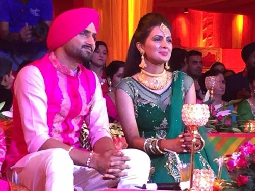 Harbhajan Singh Engagement (7)