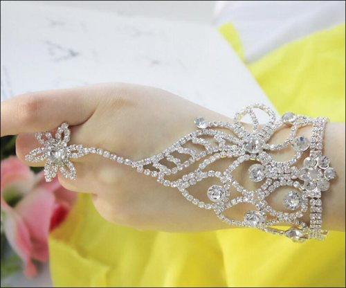 bracelet 5 Fabulous Wedding Accessories You Cannot Say No To!