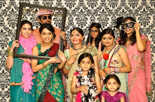 family special 5 Props in Trend this Wedding Season!