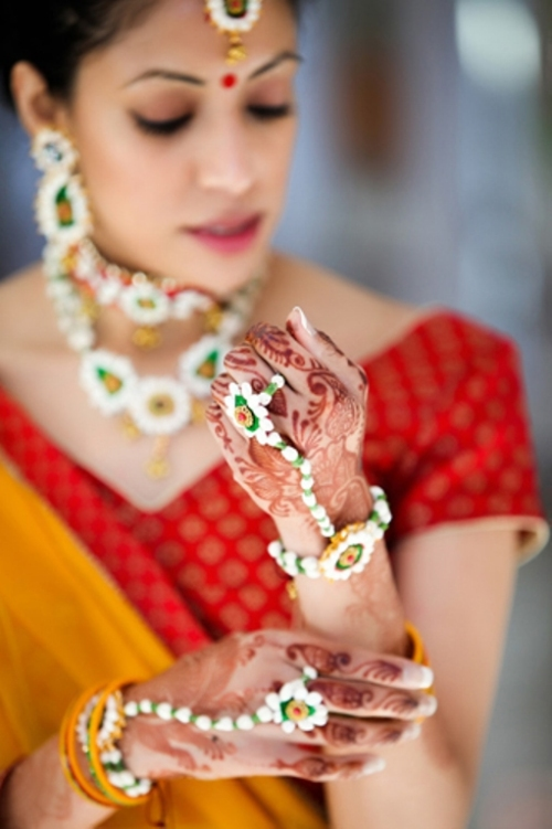 floral-13 The Trending Floral Jewellery!