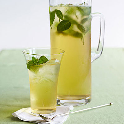 iced green tea - Top 7 Beverages to Help the Baratis Beat the Summer Heat!