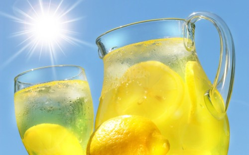 lemonade - Top 7 Beverages to Help the Baratis Beat the Summer Heat!
