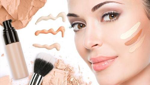 makeup base 5 Makeup Tips to Make You Look Glam!