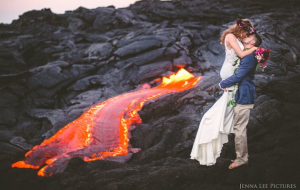 Couple Takes Wedding Pics On Volcano With Molten Lava 1