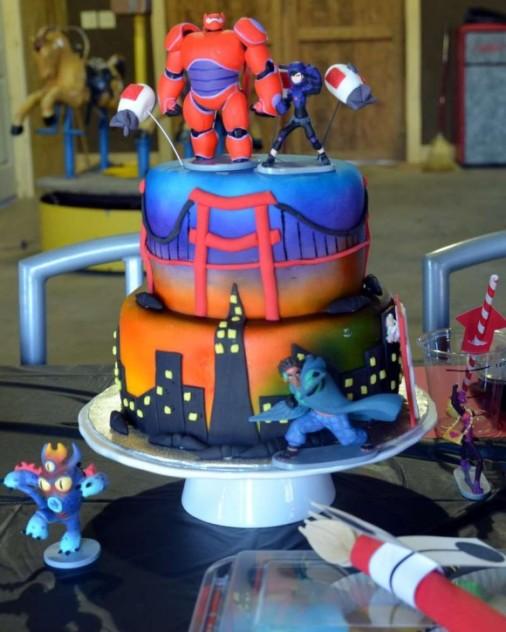 Big-Hero-6-Cake-580x725.jpg