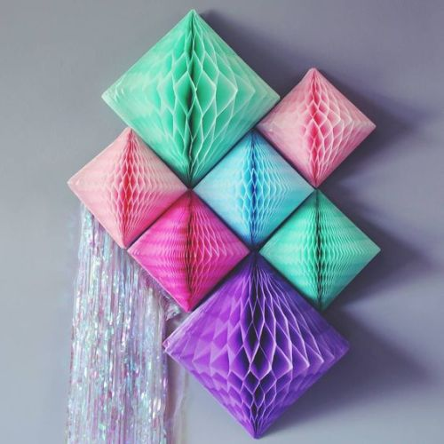 Honeycomb Pom Pom Decoration Ideas 10