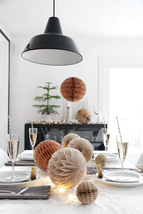 Honeycomb Pom Pom Decoration Ideas 11