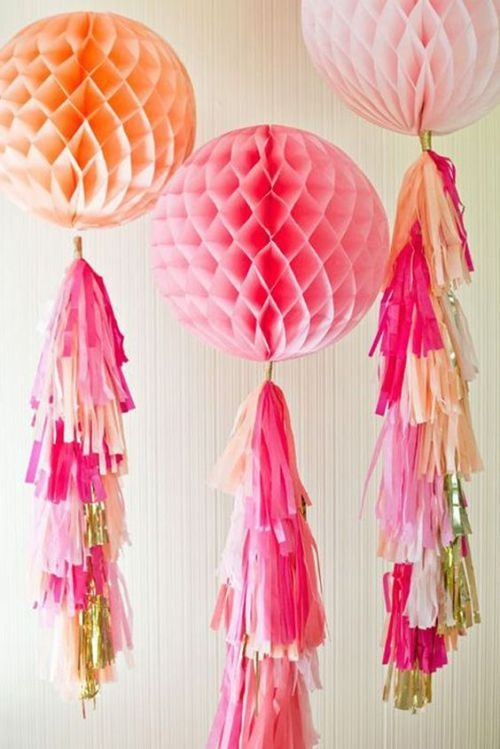 Honeycomb Pom Pom Decoration Ideas 21