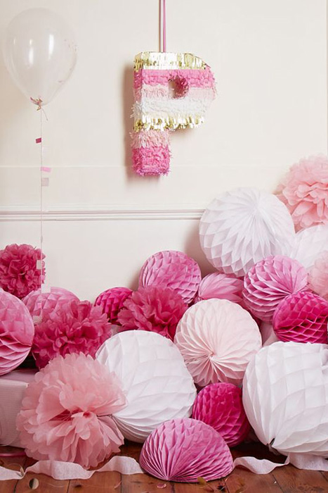 Honeycomb Pom Pom Decoration Ideas 5