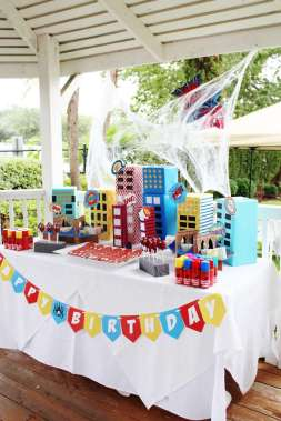 Spider Man Theme Birthday Party Decor 3