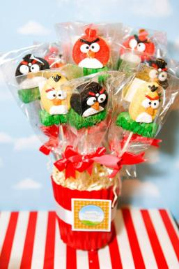 Angry-birds-theme-party12