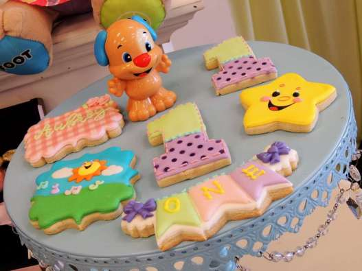 Cartoon Theme Birthday Party Food