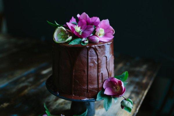 Drip Cakes 11
