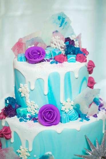 Frozen Theme Birthday Party Cake 2
