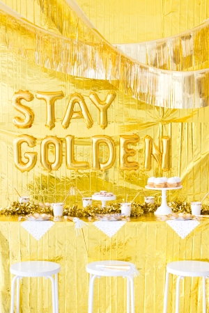 Gold Birthday Party Theme Decoration 3