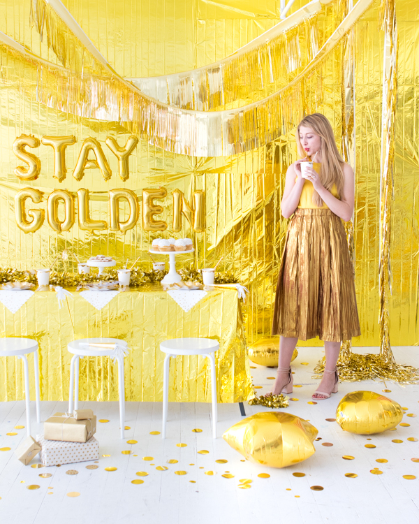 Gold Birthday Party Theme Decoration