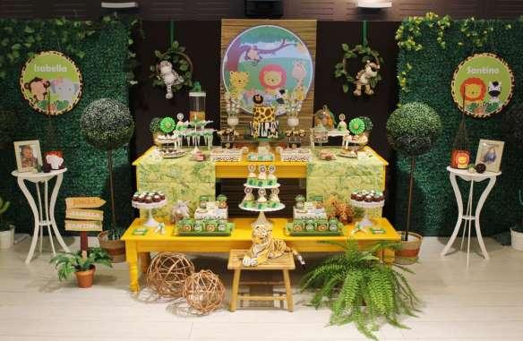 Jungle Theme Birthday Party Decoration Ideas | VenueMonk Blog on