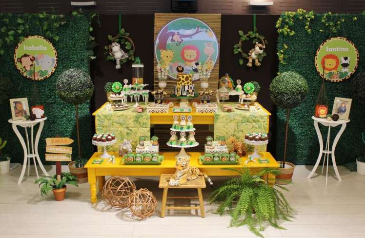 Jungle Theme Birthday Party Decoration 2