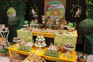 Jungle Theme Birthday Party Decoration 3