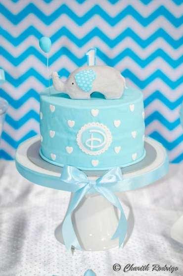 Blue Elephant Theme Birthday Party Cake 2