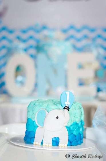 Blue Elephant Theme Birthday Party Cake