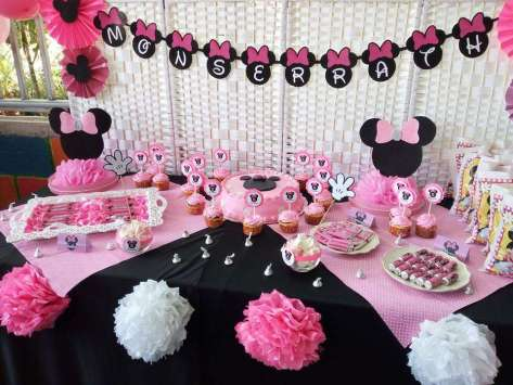 Pink Minnie Theme Birthday Party Decoration 5