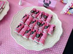 Pink Minnie Theme Birthday Party Food 2