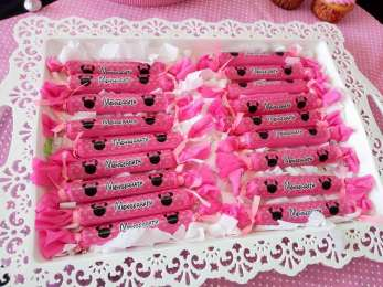 Pink Minnie Theme Birthday Party Food 5