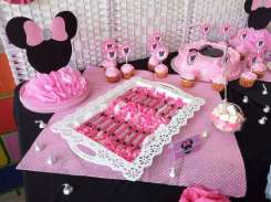 Pink Minnie Theme Birthday Party Food