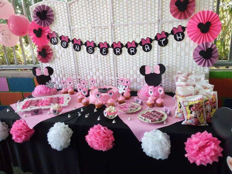 Pink Minnie Theme Birthday Party