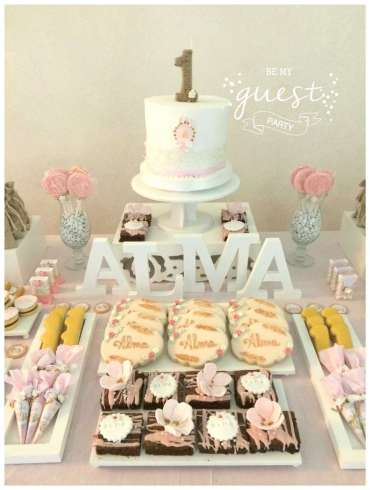 Vintage Theme Birthday Party Cake 1