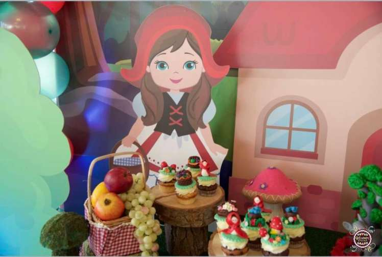 Little Red Riding Hood Food 1