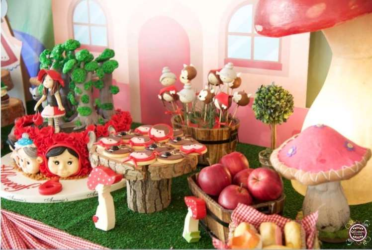 Little Red Riding Hood Food & Decoration