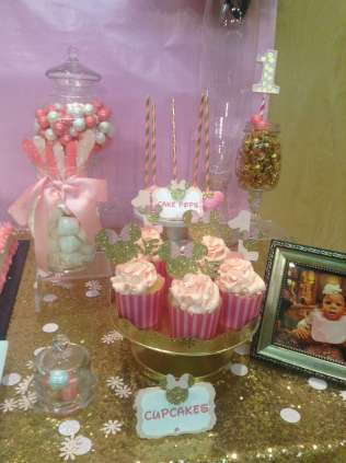 Royal Minnie Mouse Theme Birthday Party Food