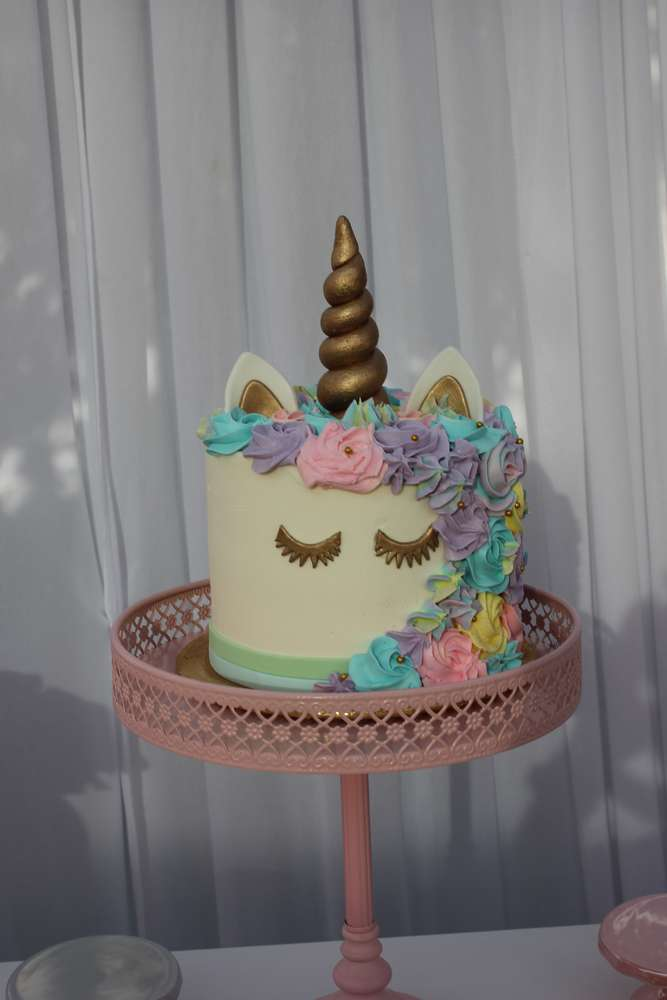 Unicorn Theme Birthday Party Cake