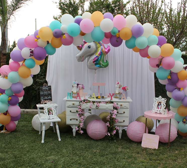 Natalya s 7th magical unicorn theme birthday party for Decoration ideas 7th birthday party