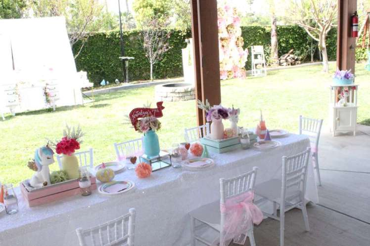 Unicorn Theme Birthday Party Kids Table Decoration 2