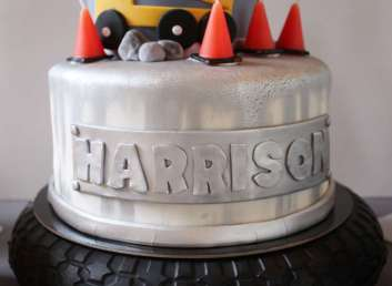 Construction Theme Birthday Party Cake 4
