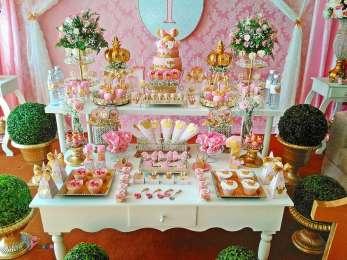 Gold Princess Theme Birthday Party Decoration 6