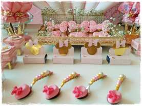 Gold Princess Theme Birthday Party Decoration 8