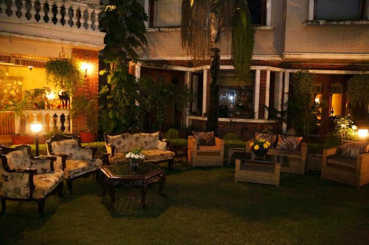 The Estate Villa Delhi Lawn 4