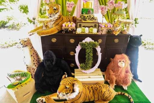 Rainforest Theme Birthday Party Decoration