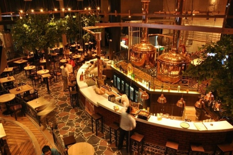 7 Degrees Brauhaus7- Best Party Places in Gurgaon