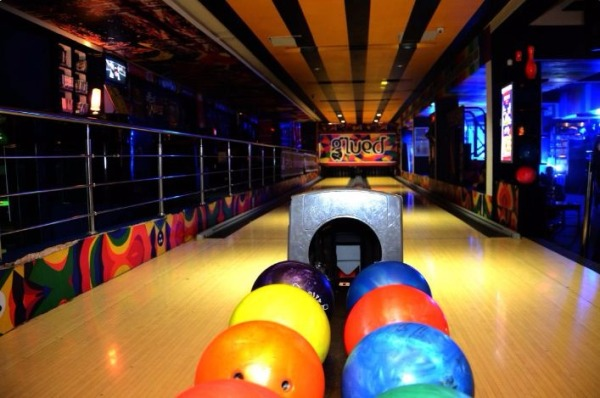 Party venues in Noida- Glued entertainment2