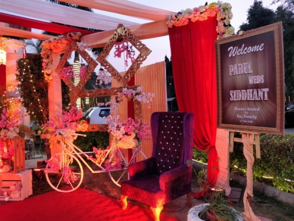 Radiant Motel- Wedding Lawns in Chhattarpur