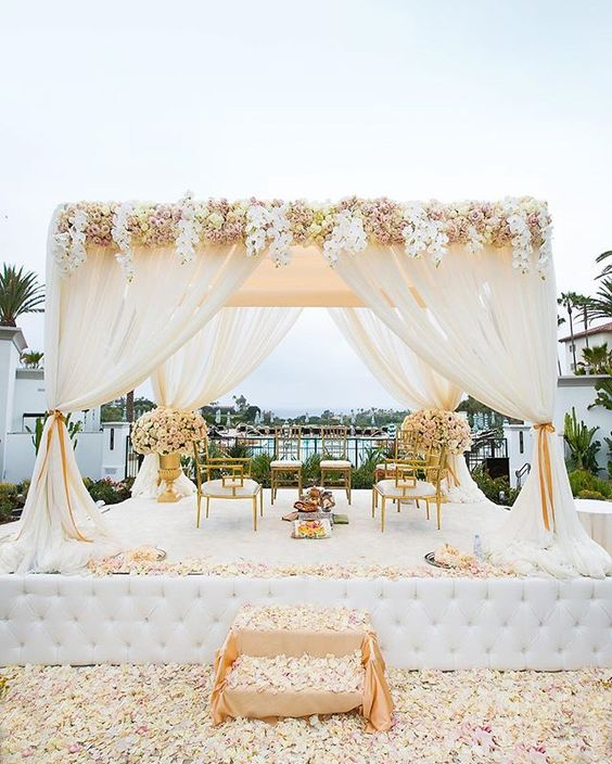 White Decor- Wedding Venues in Gurgaon