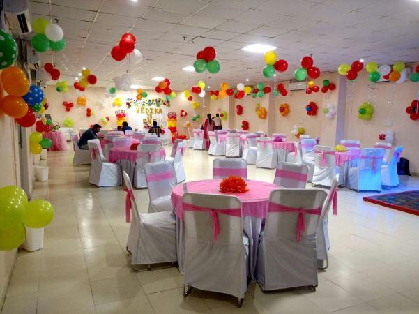 Birthday Party Banquet Halls in Noida